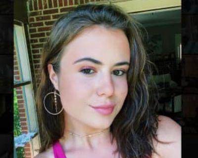 Caroline, 20 years, Female - Looking in: Houston Harris County TX