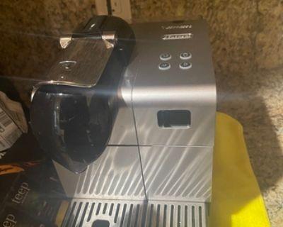 Nespresso Latissima Plus Coffee and Espresso machine by DeLonghi