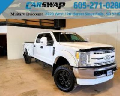 2017 Ford Super Duty F-250 XL Crew Cab 8' Bed 4WD