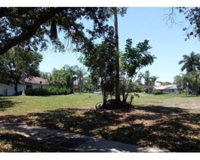 3 Bed 3.0 Bath Foreclosure Property in Fort Myers, FL 33967 - Cypress View Dr