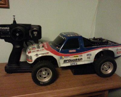Vintage Tamiya F150 RC truck w/radio and Onyx charger