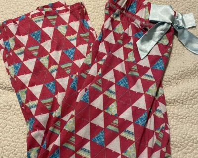 Girls xhilaration Christmas tree pj pants size XL, well loved but lots of life left!