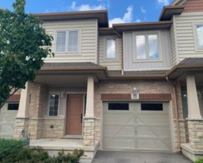 8 Lakelawn Rd, Grimsby, ON L3M 0G1 3 Bedroom House