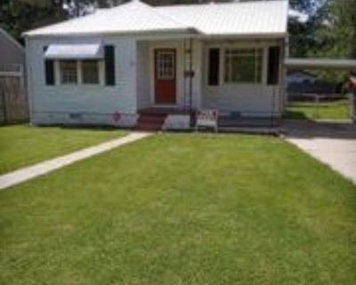 3703 Madison Ave, Gadsden, AL 35904 2 Bedroom House