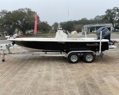 2018 NauticStar 215 XTS Shallow Bay