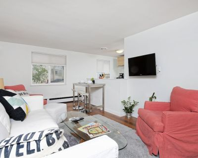 Highlands Condo-walk to everything in downtown Denver- 60+ five star reviews! - Highland