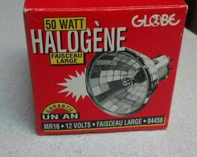 50 WATT ,12 VOLT LIGHT, 1 BULB IN BOX