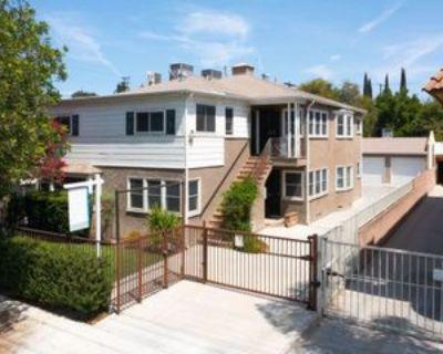 10939 Moorpark St, Los Angeles, CA 91602 1 Bedroom Apartment