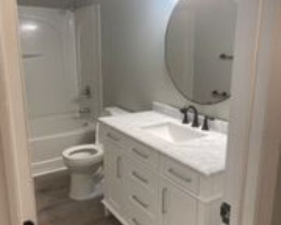 1802 Tucker St, Greensboro, NC 27405 3 Bedroom Condo