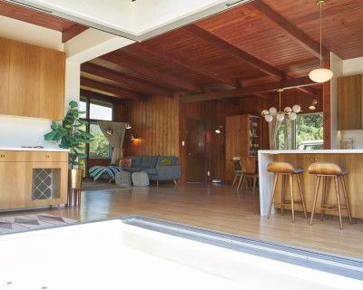 Post and Beam Mid-Century with panoramic views, floor to ceiling windows, great light, and high ceilings, glendale, CA