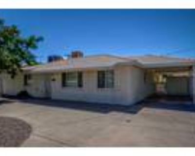 Phoenix, NEWLY UPDATED home in West ! Tile flooring and
