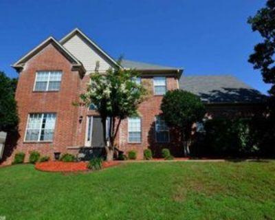 4307 Old Oak Dr, Little Rock, AR 72212 5 Bedroom Apartment