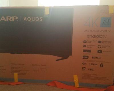 Sharp Aquos 4K Ultra HD LED Smart tv w/ specific heavy duty swivel & tilt wall mount w/ cord organiz