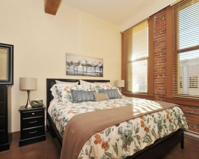 Just Listed! Gorgeous Luxury 2 Bedroom, 2 Bath Condo in Old Town Victoria - Downtown Victoria