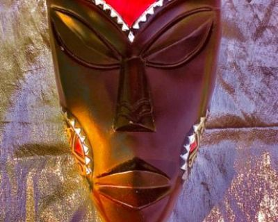 Nice African Mask; Mounted & Colorful