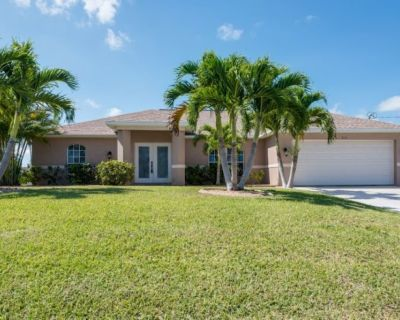 Saltwater heated pool,dock/ deck on canaL,GULF ACCESS,fishing- NEAR beaches. - Pelican