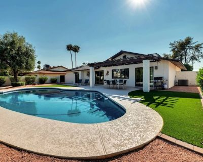 Perfect Getaway! Dog Friendly, Pool, Close to ASU, Hiking, Golf, Old Town Scottsdale's Shops/Dining! - South Scottsdale