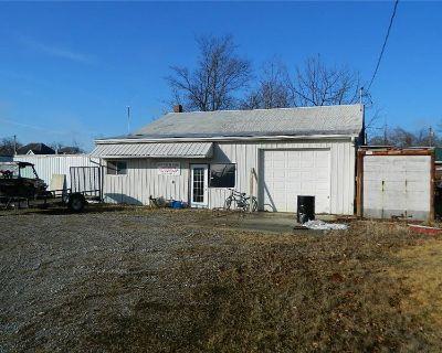 109 NE 7th St, Fairfield, IL  62837 (MLS# 10967211) By Jessica J McCleary