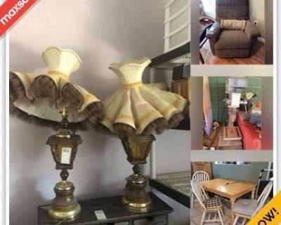 Phoenix Estate Sale Online Auction - W Kerry Ln