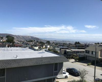 SF Bay views! Renovated home 4br/2.5 ba 10 min SFO - South San Francisco