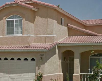 Private room with shared bathroom - Victorville , CA 92392