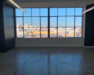 Contemporary Brightly Lit Industrial Studio, Los Angeles, CA
