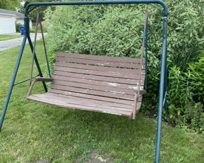 Metal frame, wood swing, solid condition