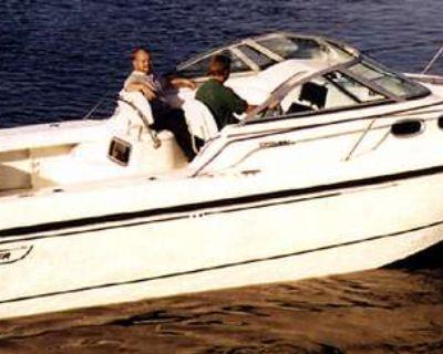 2000 Boston Whaler 28 Conquest