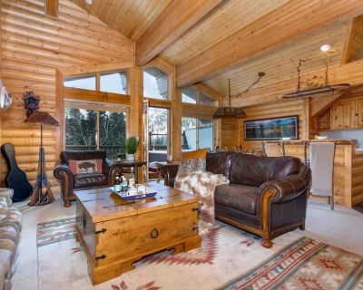 Steps to DV & Top floor residence, Private Hot Tub, Concierge | Abode at Black Bear #404 - Park City
