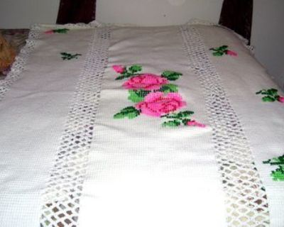 Beautiful bed cover needs to be finished