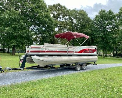 1999 Sun Tracker Party Barge 25 signature