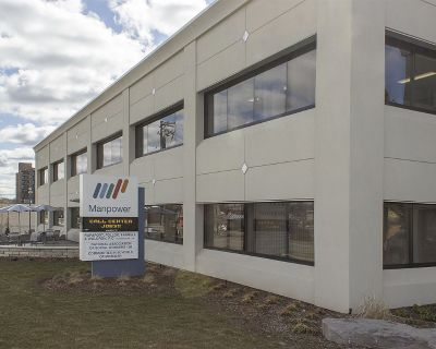 1,200 SF office in Manpower Bldg downtown between Saginaw and Oakland