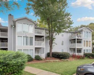1410 Augusta Dr, Marietta, GA 30067 2 Bedroom House