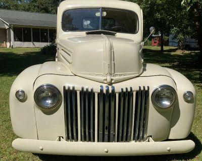 1947 Ford F-1 1/2 Ton Pickup Truck Classic 6FT Wood Floor Truck