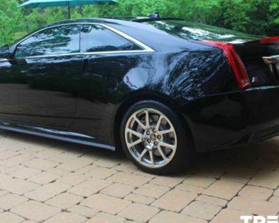 2011 Cadillac CTS-V Standard