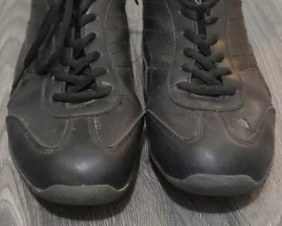 Shoes, size 11 womens
