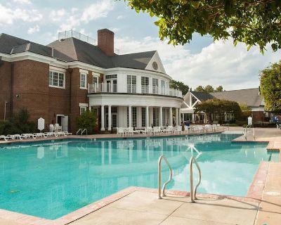 Williamsburg Plantation Resort: 2BR/2BA, July & August 2021 - James City County