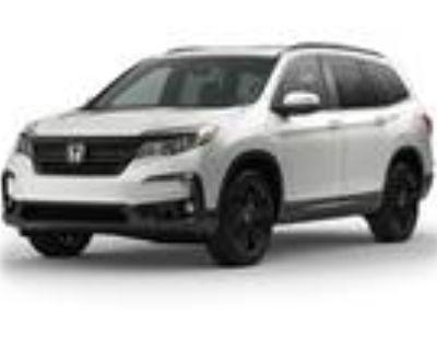 2021 Honda Pilot Silver|White