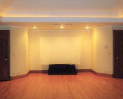 Spacious Production Space with Flexible Lighting, Oak Park, IL