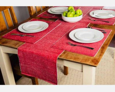 RED TABLE RUNNER AND MATCHING MATTS