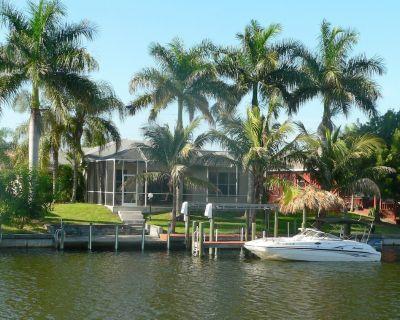 Villa, heat. pool, exp. to the south, boat deck/lift - Pelican