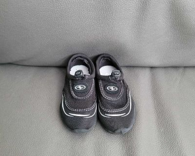 Size 7/8 Water shoes