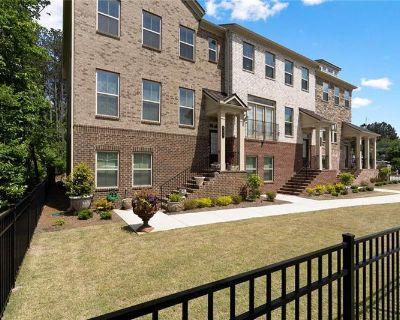 Single Family Home Forsale in Sandy Springs GA