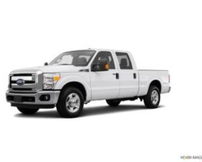 "2015 Ford Super Duty F-250 XLT Crew Cab 156"" 4WD"