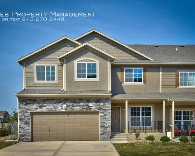 Parkview Townhome - Available August 18th