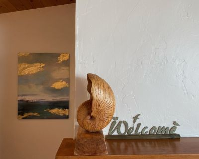 Monthly rental! Panoramic Ocean Views, nestled in the trees! - Lodge Hill
