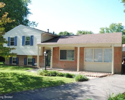 1006 Round Table Ct