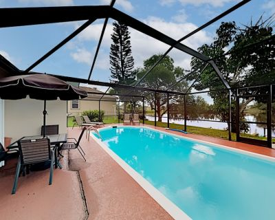Exceptional Vacation Home in Cape Coral: 4 BR, 3 BA House in Cape Coral, Sleeps 8 - Pelican