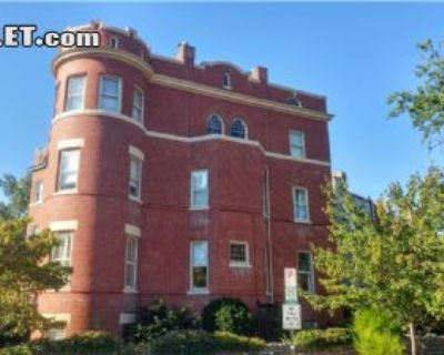$5250 2 apartment in Capitol Hill