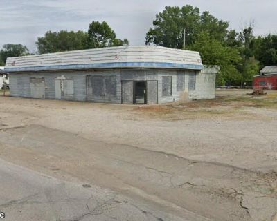 Speedway, LLC directs 32 IN Sites All Fee Owned